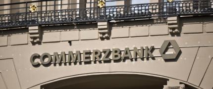 Banken bewältigen Stress - Deutsche Bank und Commerzbank unter Druck