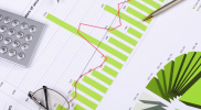 Aktien New York: Dow überwindet kurzzeitig 18