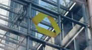 KORREKTUR: Commerzbank sieht ihre Stabilität bestätigt